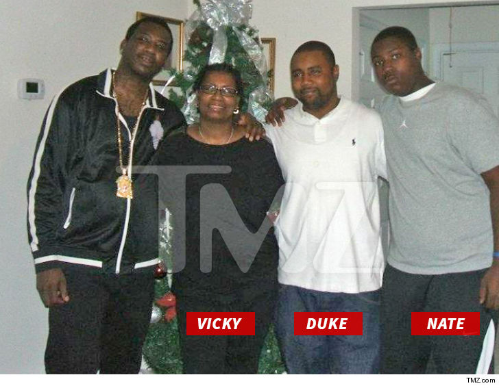 1020-gucci-man-family-tmz-wm-7.jpg